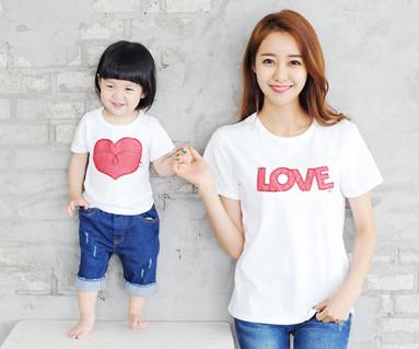 红色牛仔裤补丁圆领短袖体恤/母亲和婴儿/ 14B32