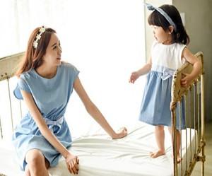 多风的家庭/母亲和婴儿/ 15A06