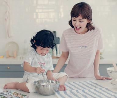 "<font color=""ffffff"">[家庭短袖T恤和家庭外观] <br></font>甜蜜糖果妈妈和婴儿短袖身体_17B07"